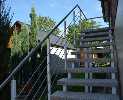 Treppengeländer pulverbeschichtet